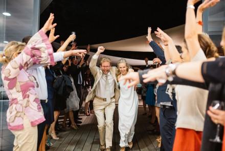 mariage-amis-provence-mediterranee-plage-convivial