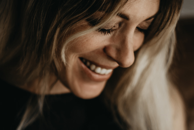 Comment Angie a trouvé sa place dans la photographie de portrait ?